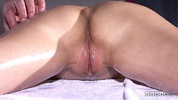 1080P Pussy Massage Video